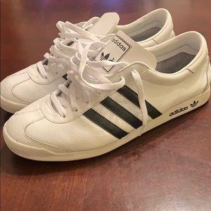 Adidas Classic Sz 12